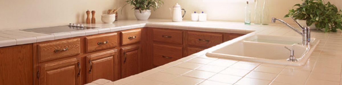 水回りはお水を流して、下水からの害虫や悪臭を防止します